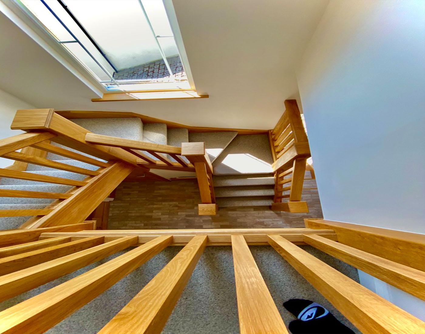 Oak_Clad_Staircase
